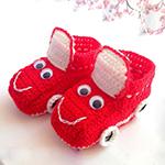 Пинетки Машинки спицами — любимая обувь для мальчика