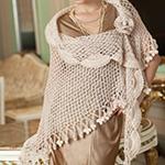 Шикарная шаль соломоновыми петлями с цветочным мотивом