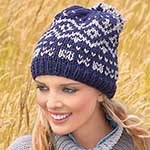 Красивая и теплая шапочка жаккардовым узором