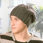 Молодежная шапка-мешок спицами