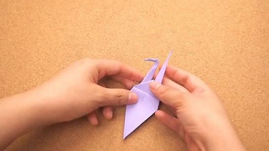 Как сделать журавлика оригами из бумаги своими руками origami zhuravlik iz bumagi 17