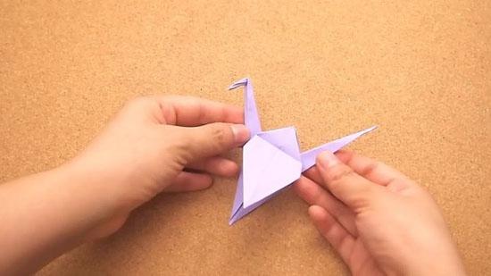 Как сделать журавлика оригами из бумаги своими руками origami zhuravlik iz bumagi 18