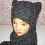 Оригинальная шапка Котошапка для маленьких модниц спицами