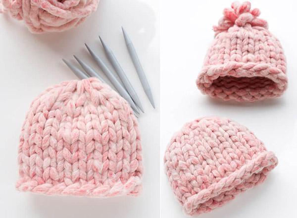 Модная женская шапка крупной вязки спицами шапка крупной вязки спицами 8