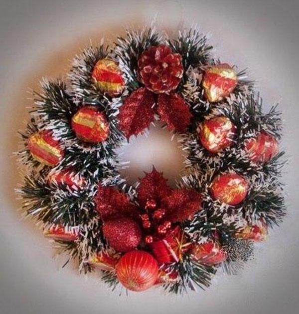 Новогодний венок из мишуры — украшаем дом к Новому году 1 2