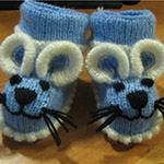 Веселые пинетки Мышки спицами для малыша
