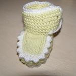 Пинетки Угги для малыша: вязание на двух спицах