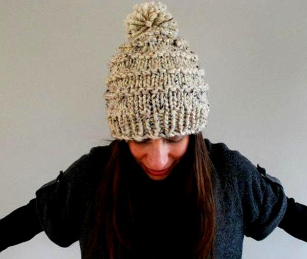Женские шапки связанные из толстой пряжи спицами шапка из толстой пряжи спицами 5