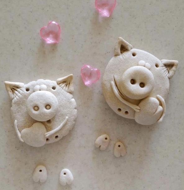 Поделка Свинья из соленого теста: оригинальный подарок на Новый год 2019 12