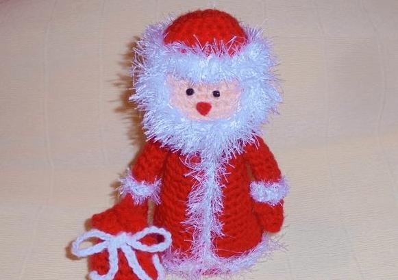 Дед мороз крючком: вяжем игрушку к Новому году 17 3