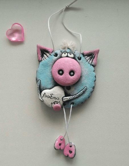 Поделка Свинья из соленого теста: оригинальный подарок на Новый год 2019 20
