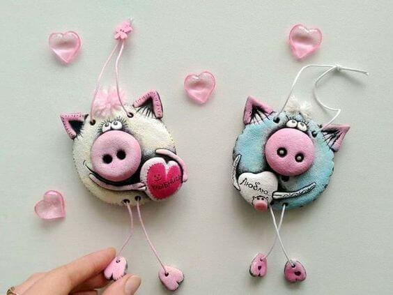 Поделка Свинья из соленого теста: оригинальный подарок на Новый год 2019 3