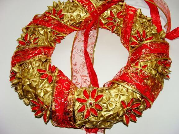 Венок из макарон на Рождество своими руками 5 5