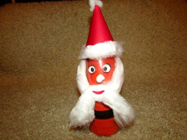 Дед Мороз из бутылки: интересная поделка для детей ded iz butilki 2