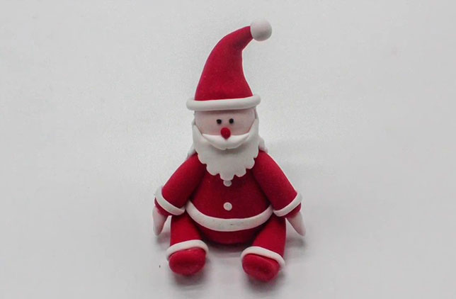 Лепим Деда Мороза на Новый год вместе с ребенком ded moroz iz plastilina 1