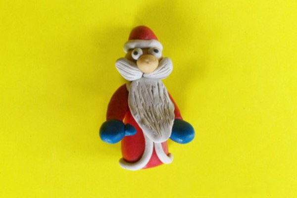 Лепим Деда Мороза на Новый год вместе с ребенком ded moroz iz plastilina 12