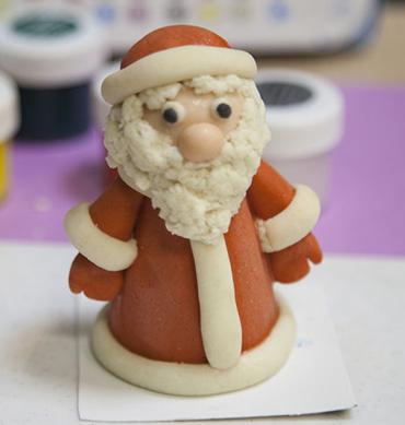 Как сделать деда Мороза из соленого теста? ded moroz iz testa 6