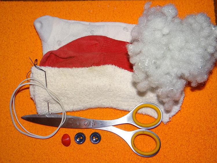 Дед Мороз из носка: готовимся к празднику заранее ded moroz iz noska 1