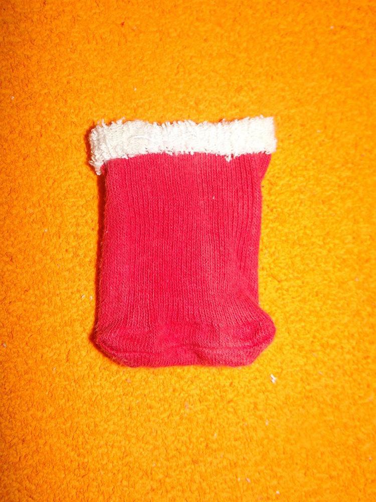 Дед Мороз из носка: готовимся к празднику заранее ded moroz iz noska 13