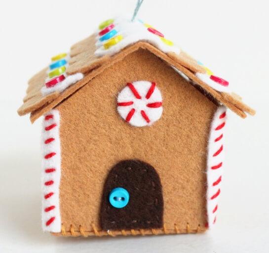 Создаем красивые домики из фетра на Новый год domik 9