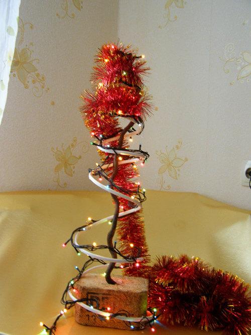 Елочка из мишуры на Новый год: различные способы создания elka iz mishury 25