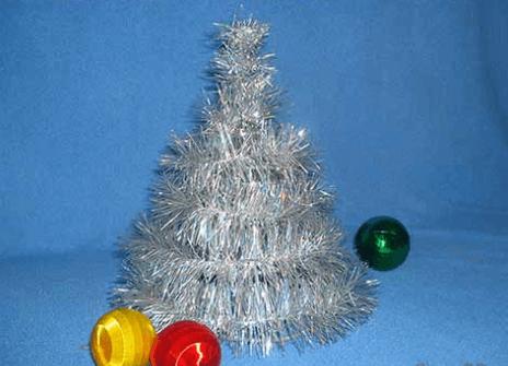 Елочка из мишуры и проволоки на Новый год elka iz provoloki 2