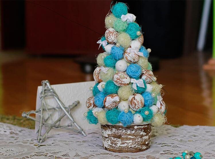 Поделки из шариков сизаля: елочка на Новый год podelka iz sizalya 10