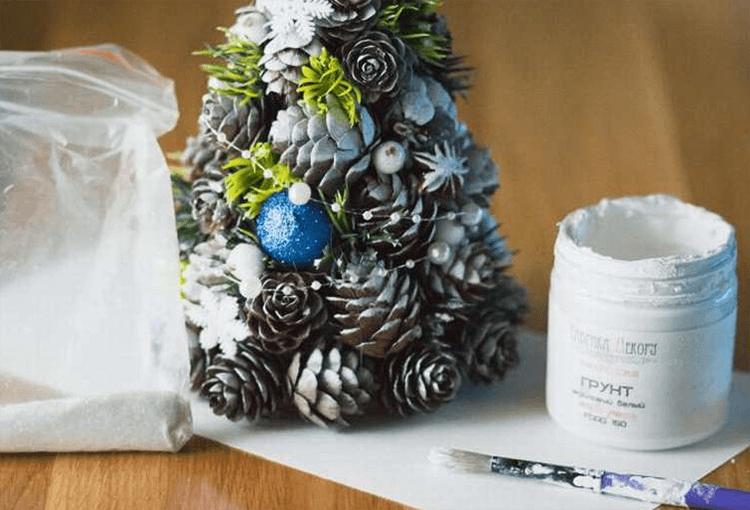 Подготовка к Новому году: поделки из шишек podelki iz shishek 15