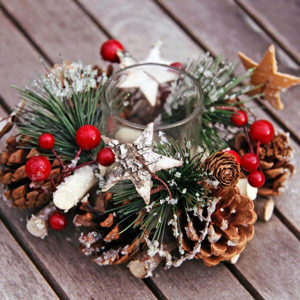 Подготовка к Новому году: поделки из шишек podelki iz shishek 36