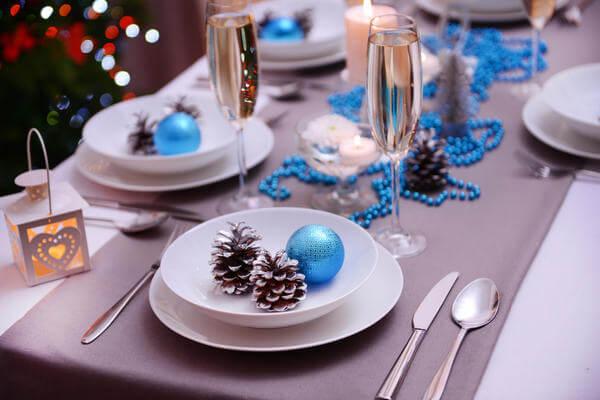 Подготовка к Новому году: поделки из шишек podelki iz shishek 39