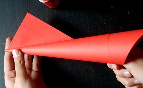 Дед мороз из бумаги: яркая аппликация для ребенка sdelat ded moroza iz bumagi 4