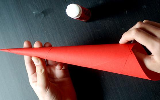 Дед мороз из бумаги: яркая аппликация для ребенка sdelat ded moroza iz bumagi 5