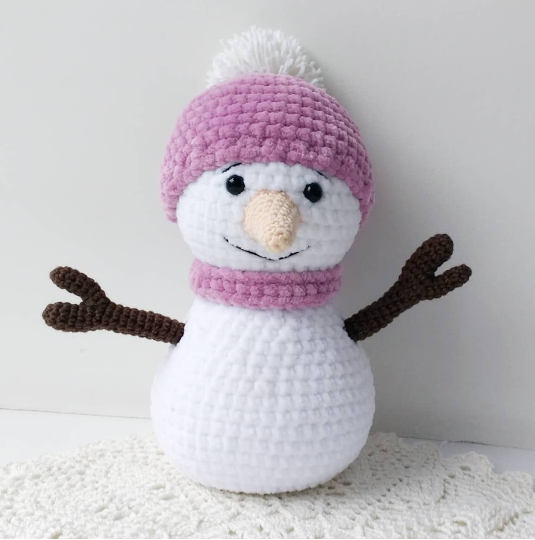 Вязаный крючком снеговик амигуруми snegovik amigurumi kryuchkom 3