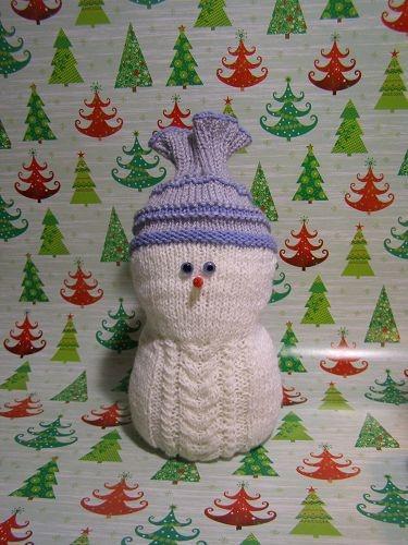 Новогодняя поделка Снеговик: мастер класс спицами snegovik spicami 11