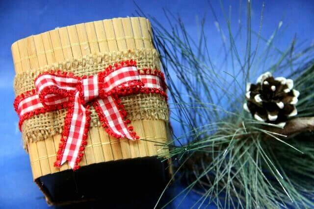 Топиарий из шишек как украшение на Новый год Topiarij iz shishek 10