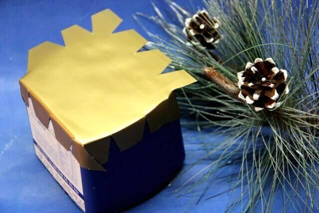 Топиарий из шишек как украшение на Новый год Topiarij iz shishek 6