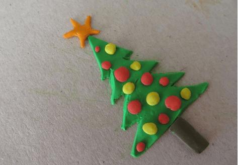 Елка из пластилина: детская поделка на Новый год elka iz plastilina 2