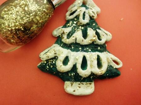 Елочка из соленого теста   оригинальная игрушка на Новый год elochka solenogo testa 10