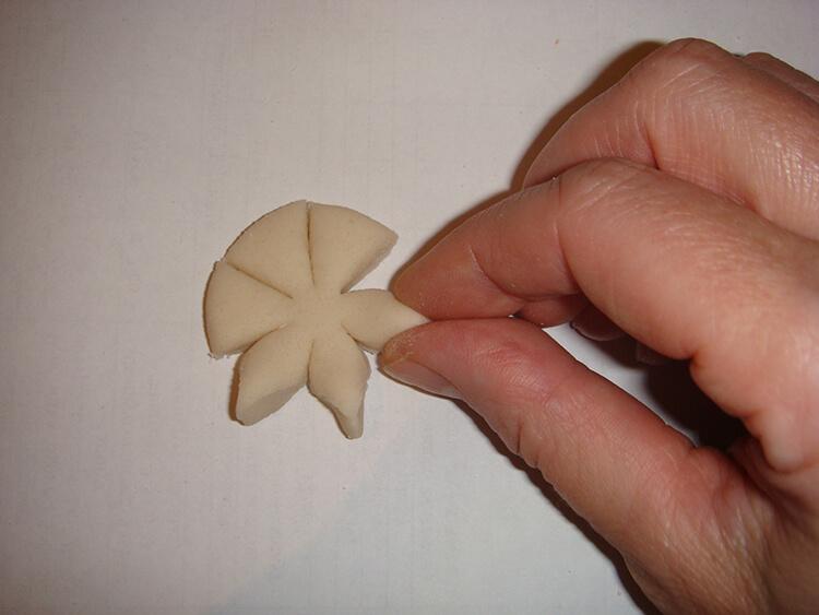 Елочка из соленого теста   оригинальная игрушка на Новый год elochka solenogo testa 15