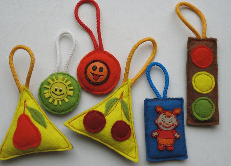 Елка как развивающая игрушка для малыша: шьём своими руками razvivaushaya elka 15