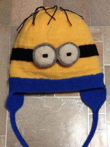 Веселая шапочка Миньон для вашего ребенка shapka minon spicami 1