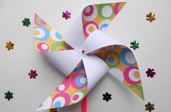 Вертушка из бумаги для детей: варианты детской поделки 1 10