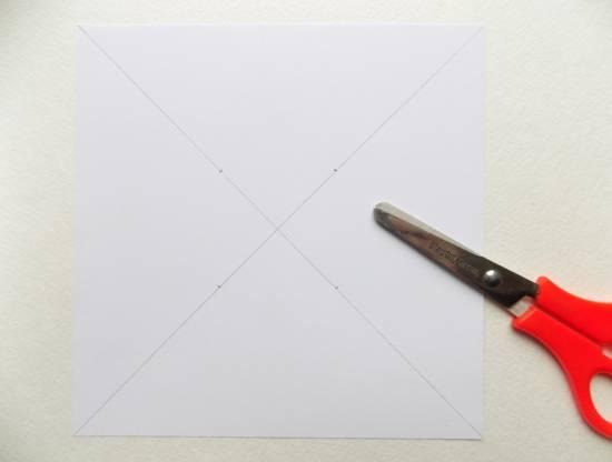 Вертушка из бумаги для детей: варианты детской поделки 1 4