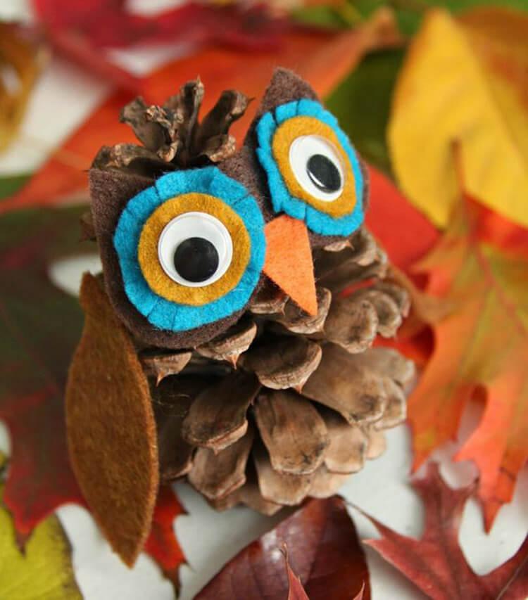Красивые поделки из шишек на тему Осень для сада и школы podelki iz shishek svoimi rukami 20