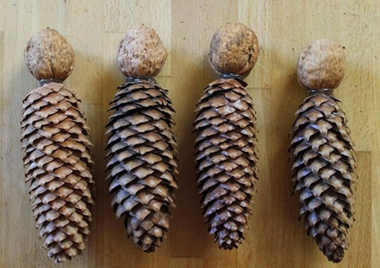 Красивые поделки из шишек на тему Осень для сада и школы podelki iz shishek svoimi rukami 32