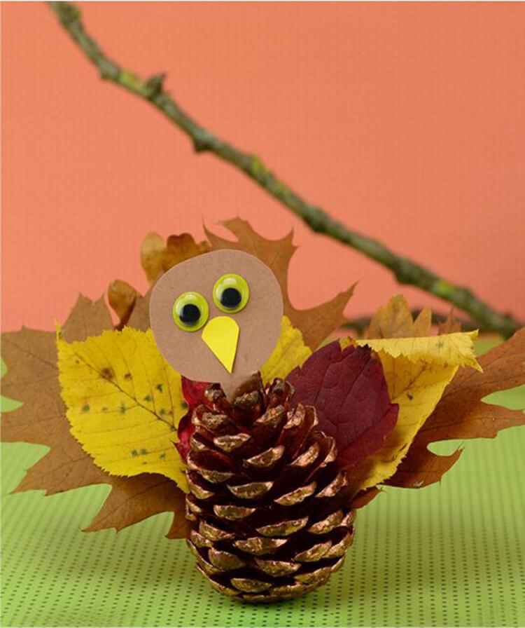 Красивые поделки из шишек на тему Осень для сада и школы podelki iz shishek svoimi rukami 59