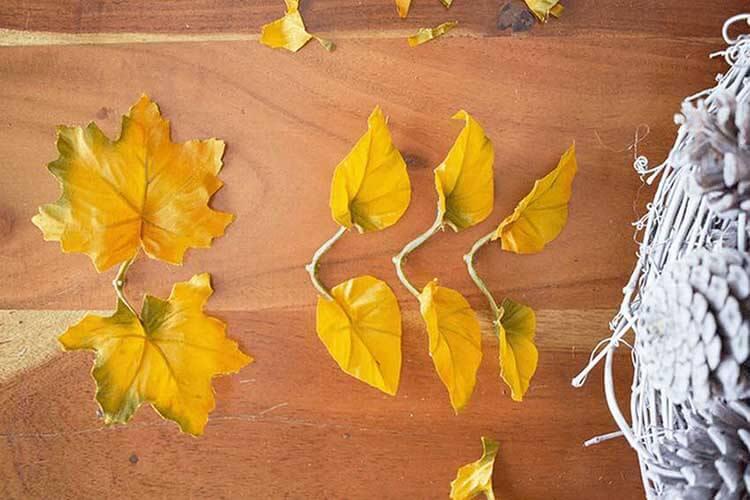 Красивые поделки из сосновых шишек для дома и садика podelki iz sosnovyh shishek 14