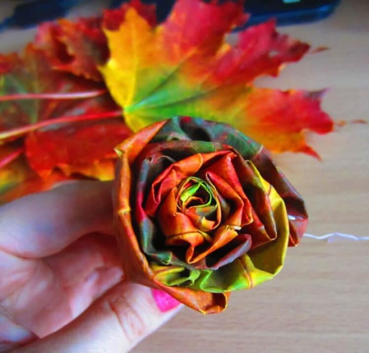 Что можно сделать из сухих осенних листьев: варианты с фото podelki s detkami iz suhih list ev 21
