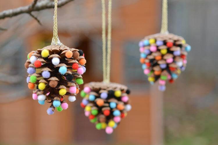 Что можно сделать из шишек для детского сада: варианты поделок podelki v sad iz shishek 20