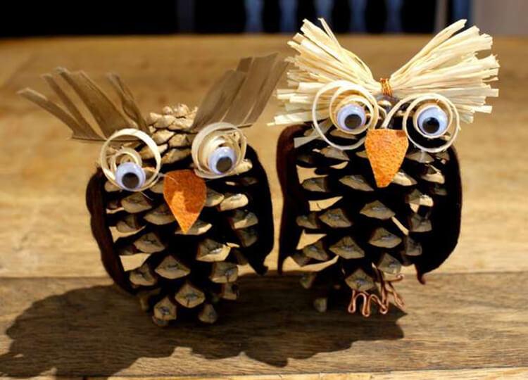 Делаем сову из шишек для детского сада sova iz shishek 15